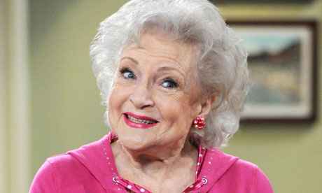 Betty-White-Starring-in-Hot-In-Cleveland