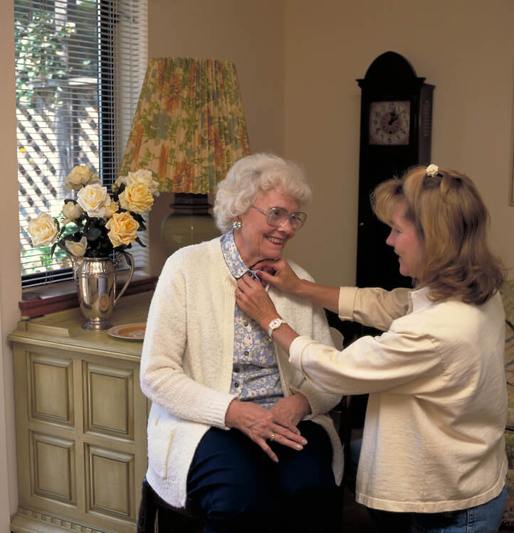 Bathing, Dressing, and Grooming: Alzheimers Caregiving Tips